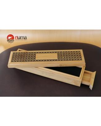 Bambusová skrinka na vonné tyčinky